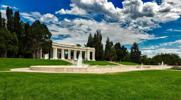 cheesman park is built on top of a cemetery